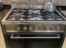 طباخ 5 عيون ايطالي اصلي للبيع مع فرن