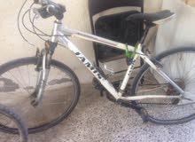للبيع دراجة جيمس استعمال بسيط8/3السرعات