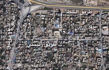 أرض للإيجار بمنطقة سوق الجمعة بالقرب من طريق الشط