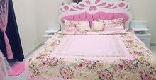 غرفة نوم وسرير اطفال
