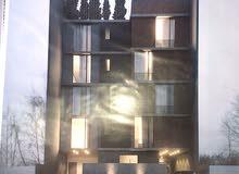 مبني خمس طوابق مفصولات