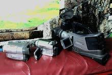 للبيع 3 كاميرات فيديو