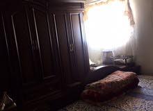 غرفه نوم بحاله جيدة جدا