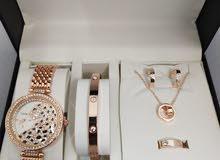 طقم كارتيير نسائي ساعة مع اكسسوار Women's Cartier set with accessories
