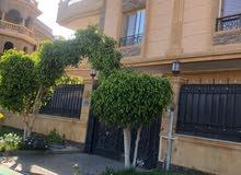 في #موقع_مميز جدا لهواة التميز والفخامه #شقة #للبيع #التجمع_الخامس #الياسمين_فيلات قرب #بتروسبورت