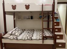 سرير من طابقين العديد 2 مع درج جانبي
