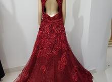 فستان مطرز للبيع