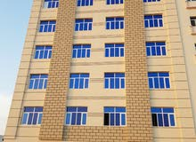 مبنى جديد  في بوشر 9 طوابق به ترخيص شقق فندقية للبيع  او للإستثم