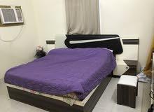 غرفة نوم شبه جديدة بحالة جيدة جدا وعليها ضمان