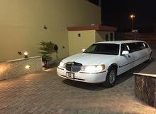لموزين أفراح / مناسبات للبيع lincoln limousine