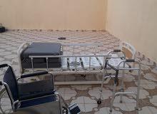 للبيع سرير طبي كهربائي مع  المرتبه مع عربيه دف مع دعامه إستخدام مره وحده نسبة النضافه 85 %