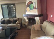 شقة طابق رابع مع روف نظام دوبلكس