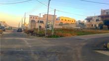 قطعة ع شارعين سكن(أ)خاص لفيلا مميزة الحويطي خلف طريق المطار