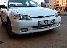 سيارة هونداي اكسنت موديل 97 لون ابيض هاتشباك للبيع