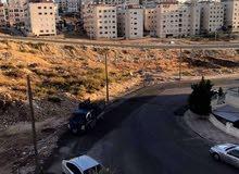 الياسمين طابق ثالث مع ارضية روف 80م