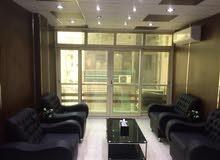 مكتب للبيع تشطيب هاي لوكس على شـارع النزهة الرئيسي بمصر الجديدة