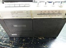 راديو ومسجل قديم نوع فلبس