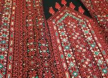 ثوب فلسطيني مطرز يدويا