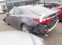 2015 Lexus ES 350 for 4600 or سيارات للبيع بالحادث