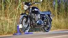 Triumph bonneville T100  Black edition 100th Aanniversary Limited Edition  865 CC  0