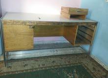 طاولة خشب زان رجلين المنيوم لأعلى سعر.لمشروع دكان  او.قول سعر مناسب وشيل