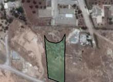 ارض للبيع مساحتها 2150 متر مربع بمنطقة سوم حوض الكساير