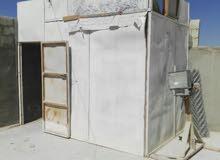 للبيع غرفة خشب تصلح لتربية المواشي والطيور