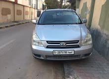 كيا سيدونا 2008