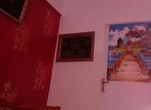 شقة للبيع في درنة الدور السابع مطلة علي الكورنيش قرب الميناء للبيع لاعلا سعر