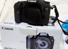 Canon  7D  camra  body  weth  full  box.    all  acsess