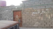 بيت حواسم للبيع في منطقه صبخة  العرب علي الشارع العام