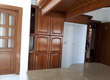 شقة للبيع في ام السماق شارع مكة 190 م
