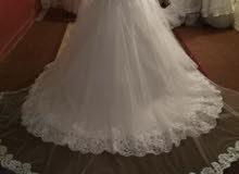 فستان عرائس للبيع