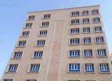 محلات للايجار بمبنى جديد بالخوض السابعة . شارع مزون
