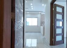 شقة مميزة جدا بتشطيبات فاخرة للبيع بالأقساط بأجمل مناطق الياسمين مساحة 152م