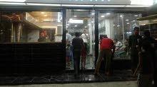 محل تجاري على شارع حيوي في دير علا (الصوالحه) بيع خلو