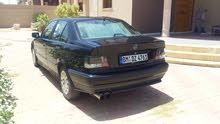 BMW 320أرنوب