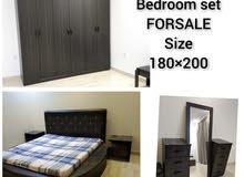 للبيع غرفة النوم