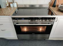 ;-Siemens latest model IQ700 5 hub electric ceramic cooker 90cm with digital clock.