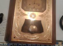 ساعة الحائط اترية