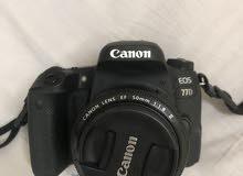كاميرا كانون 77d with lens 18-55mm and lens 50mm 1.8