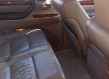 White Lexus LX 2002 for sale