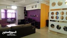 للإيجار شقة  سوبر ديلوكس في منطقة الرابية 3 نوم مساحة 190 م²
