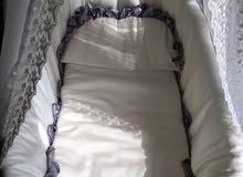 سرير أطفال حديث الولادة