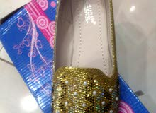 أحذية نسائية للبيع