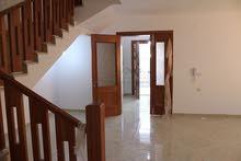 منزل للبيع:-