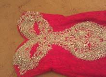 فستان سهرة عرايسي اللون احمررررر القماش عالطبيعة احلي بهلبة فخم استعمال نطيف