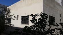 بيت للبيع او البدل في قرية نافع