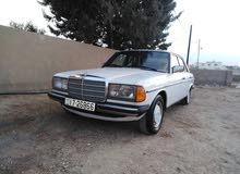 مرسيدس لف E200 موديل 1983