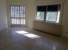 شقة أرضية فارغة للإيجار 3 نوم في جبل الحسين